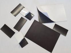 Magnetické štítky, samolepicí